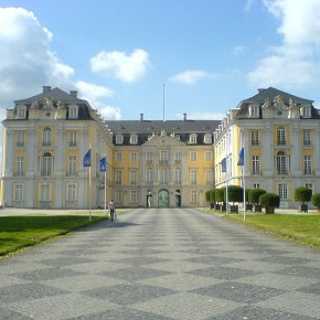 Der Hof von Schloss Augustusburg